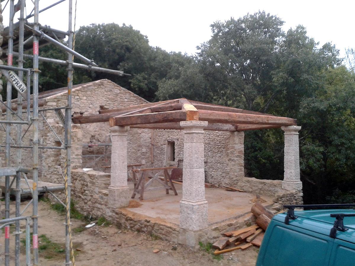 Realisation D Une Terrasse Couverte Au Beaucet Vaucluse Tradi
